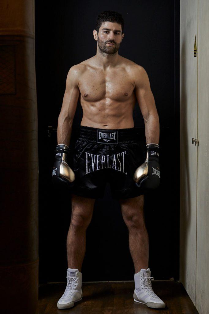 Cyril Benzaquen, 3 fois champion du monde de kick-boxing