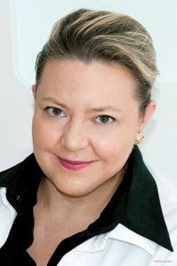 Dr Véronique Emmenegger